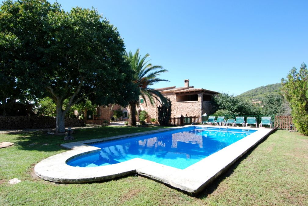 - Authentic finca with charm near S`Horta, with high privacy