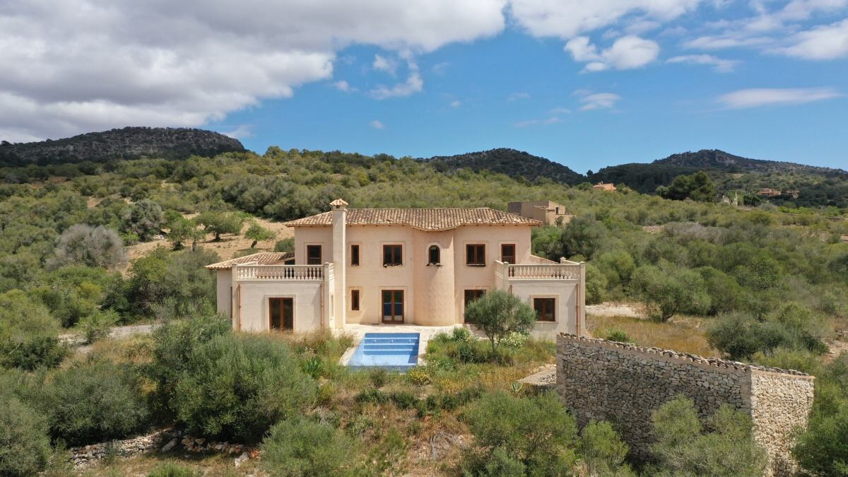 - Newly built country house in Son Macia with panoramic views of the mountains